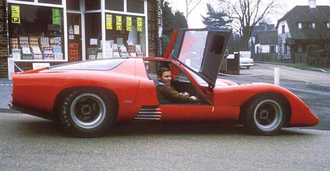 McLaren M6GT MORE THAN SLOT