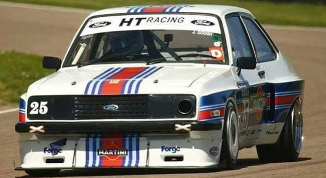 FORD ESCORT MKII TEAM SLOT STAFFS