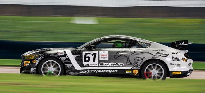 MUSTANG GT3 ACADEMY SCALEXTRIC